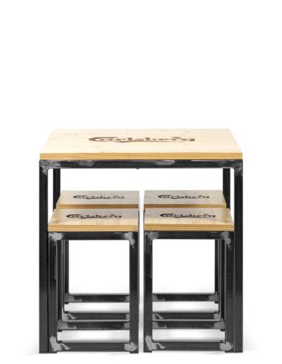 Tavolo H 70cm con Sgabelli (31x31x40cm) Carlsberg